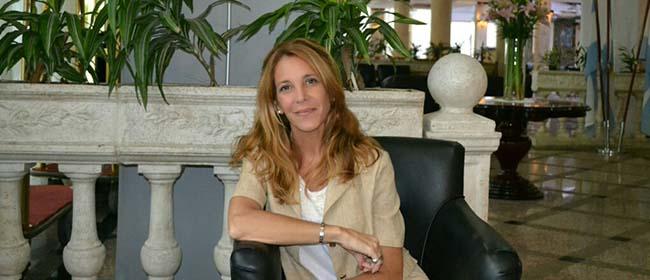 Opinião de Paula Fabiana Del Bretto, aluna do Mestrado em Formação de Professores de Inglês como Língua Estrangeira patrocinado pela FUNIBER