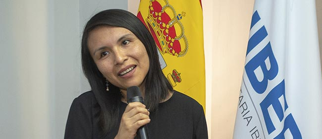 Opinião de Irene Armas, aluna costarriquenha bolsista pela FUNIBER