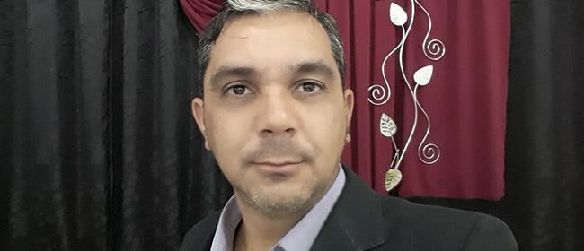 Paulo Butura, aluno do Mestrado em Educação patrocinado pela FUNIBER