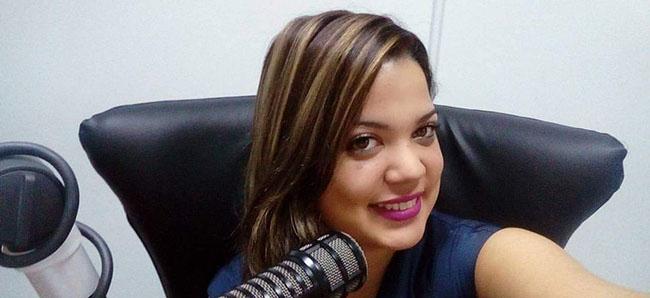 Opinião de Katerin Fabiola Membreño, cantora, atriz e bolsista da FUNIBER